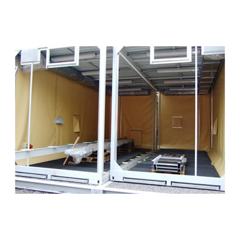 Die Strahlkammer mit elektrischem Kranbalken / Gerätebehälter Die Durchgangsstrahlkammer mit Schiebedach